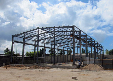 Light Steel Structure Warehouse With Crane / Prefabricated Metal Building With Crane